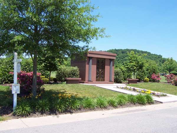 6 crypt private mausoleum